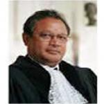 M. Raymond Ranjeva (Madagascar) Ancien Président de la la Cour Internationale de la Haye, Juge International